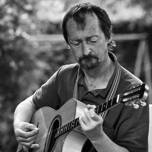 Etienne Coulon - belgian jazz banjo tenor-guitar - GAM Music