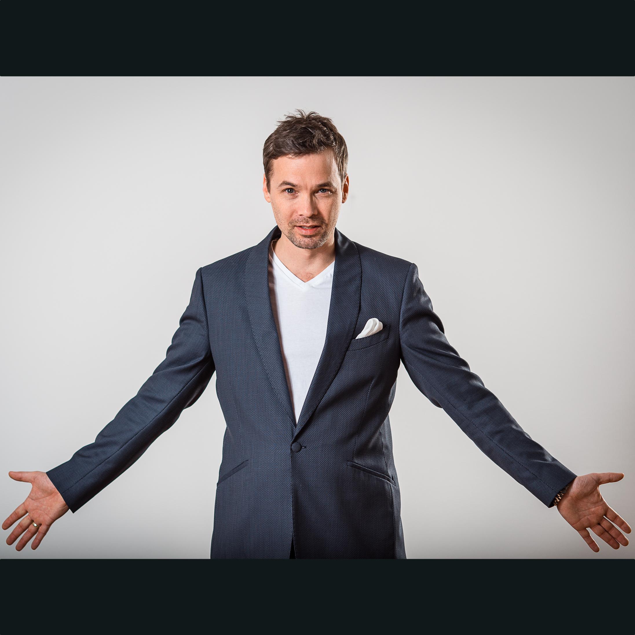 Marc Secara - german jazz vocalist, entertainer - GAM Music